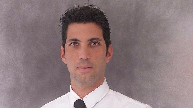 עורך דין לירום סנדה ()
