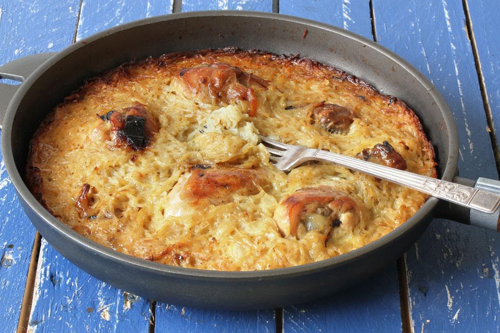 שוקיים בתנור עם תפוחי אדמה מגוררים (צילום, סגנון והכנה: אסנת לסטר)