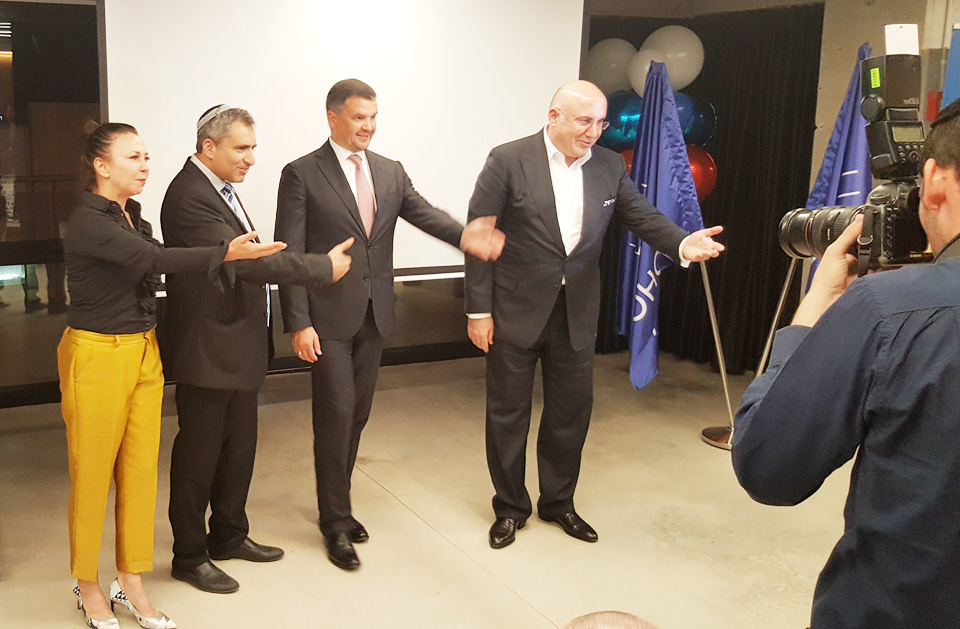 Анна Моше, Зеэв Элькин, Максим Акимов и Теймураз Хихинашвили. Фото: Борислав Протченко