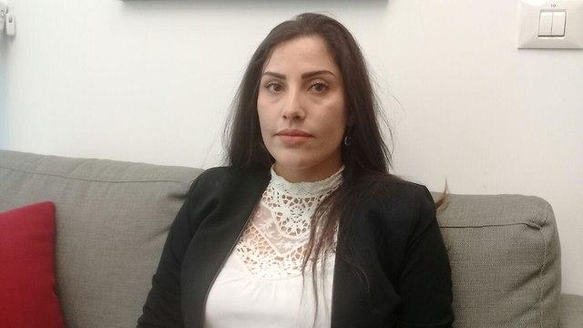 זינת אבו סוויד מתמודדת בבחירות לרשויות המקומיות ()