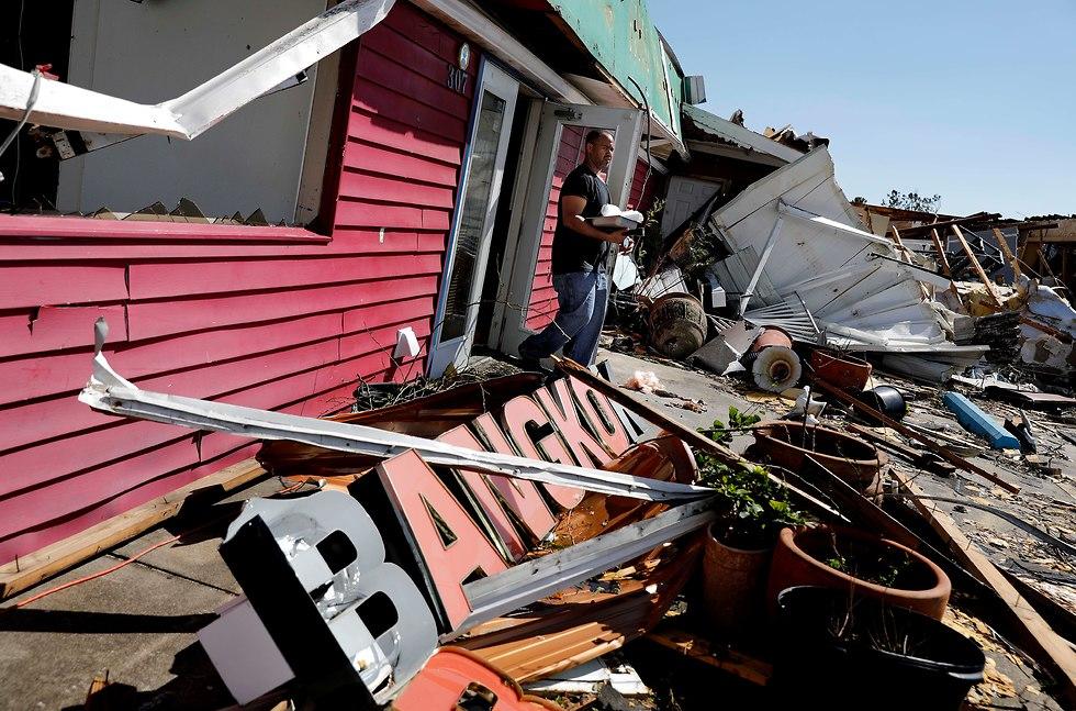נזקי ההוריקן מייקל בפלורידה (צילום: AP)