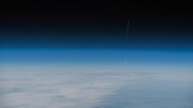 כך נראה כשלון השיגור מתחנת החלל הבינלאומית (צילום: אלכסנדר גרסט)