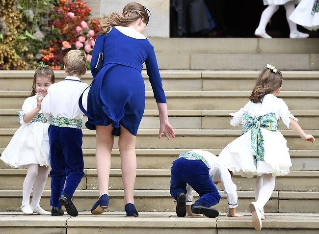 תראו מה זה, גם בחתונות מלכותיות יש ילדים שנופלים! (צילום: Gettyimages)