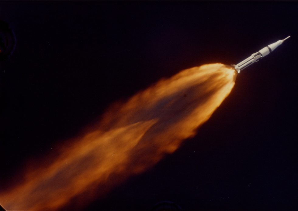 משימה ראשונה לאחר אסון אפולו 1  (צילום: נאס