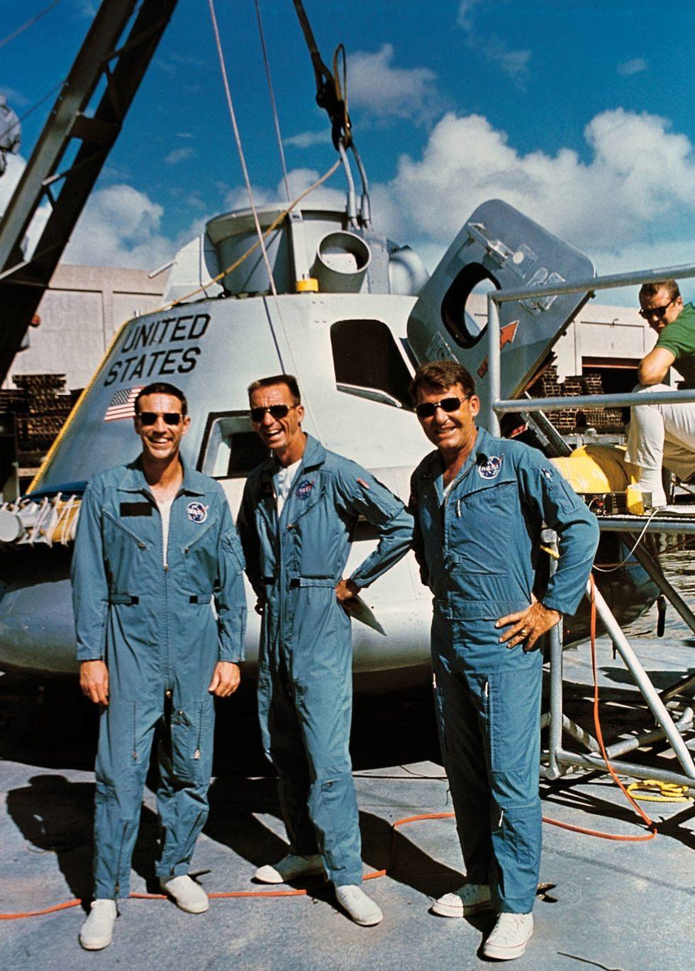 שלושת האסטרונאוטים לאחר הנחיתה (צילום: נאס