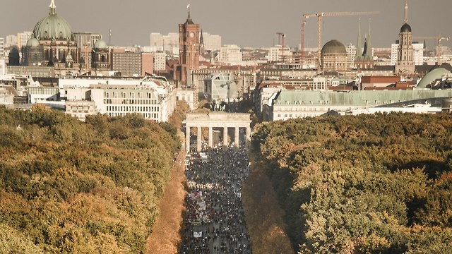 Some quarter million marchers in Berlin (Photo: Getty Images)