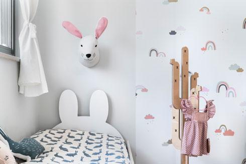 הנערה תחליף את הבובה המתוקה על הקיר בהדפס בוגר יותר (צילום: רותם רוזנאי)