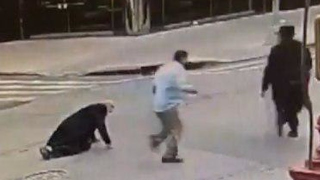 A man who was trying to help the victim was also chased by the attacker. (Photo: Hashomrim)