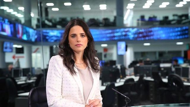 איילת שקד באולפן ynet (צילום: ירון ברנר)