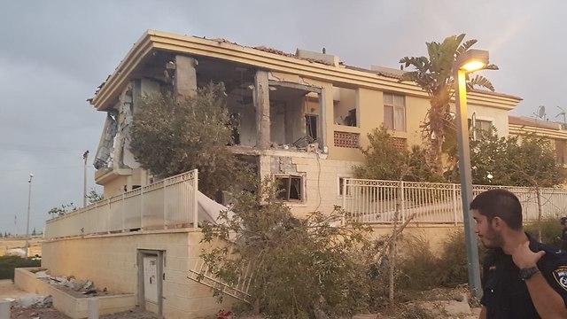 הבית שנפגע מרקטה בבאר שבע (צילום: חיים הורנשטיין)