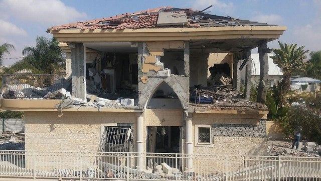 הבית ההרוס מפגיעת רקה בבאר שבע (צילום: בראל אפרים)