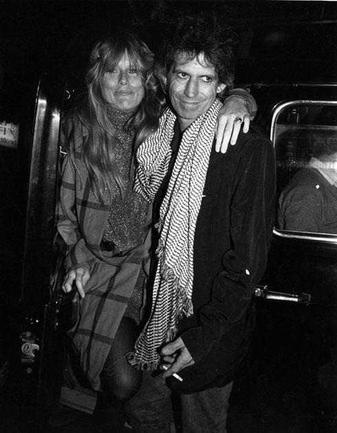 """""""גם אני הצטרפתי והייתי חלק מהחיים המטורפים של קית'"""". 1985 (צילום: rex/asap creative)"""
