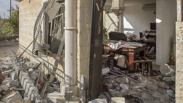 Dommages causés par une roquette sur Gaza à Beer Sheva (Photo: Ido Erez)