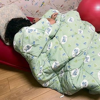 מטופלת תחת שמיכה  כבדה בבית החולים