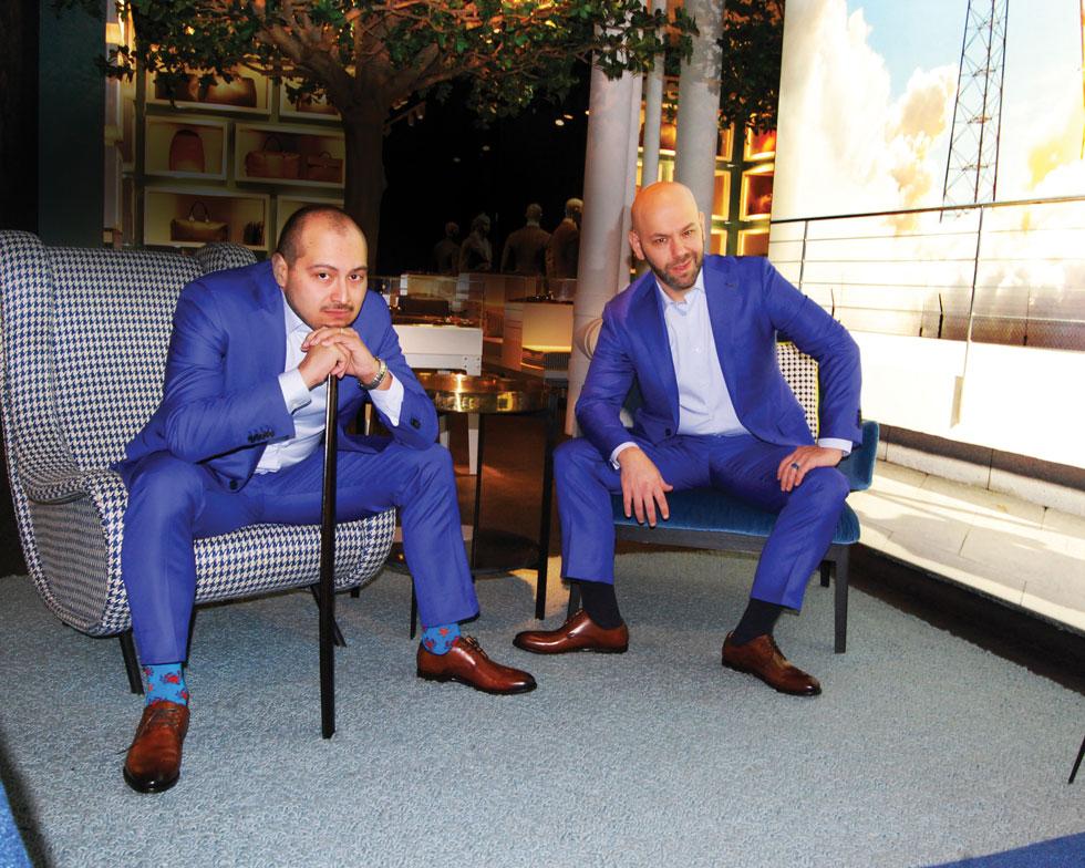 אחרי הניתוח. וולף (מימין) וקארדנט חוגגים את נישואיהם בפברואר 2017 (צילום: Johnn Dupee)