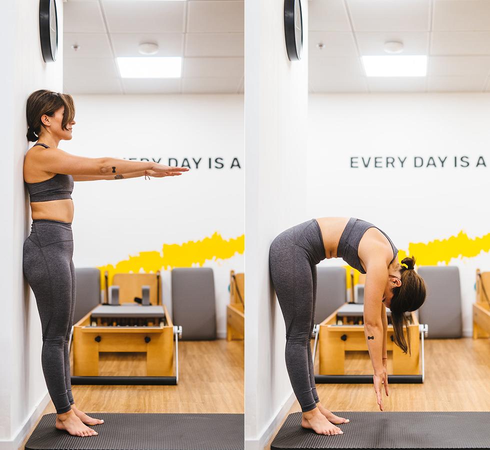 Упражнение standing roll down