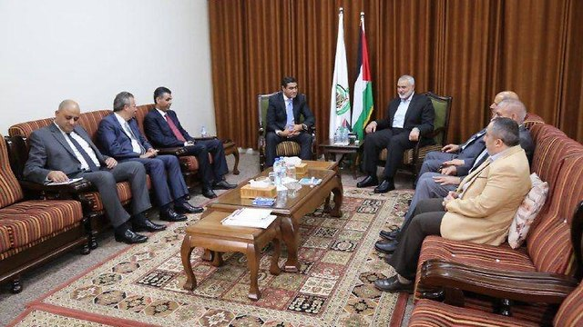 Egyptian intelligence delegation and Hamas leaders