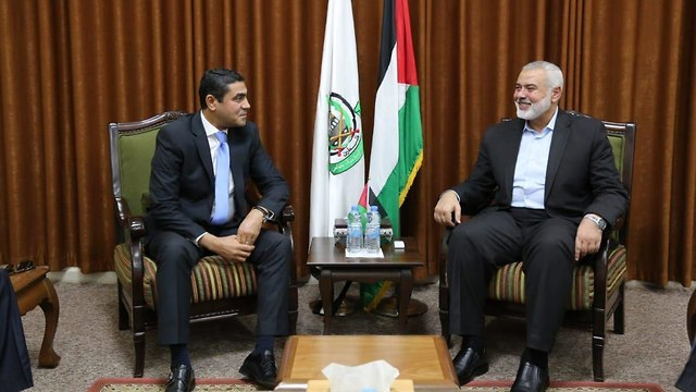 Hamas leader Haniyeh meets with Egyptian delegation