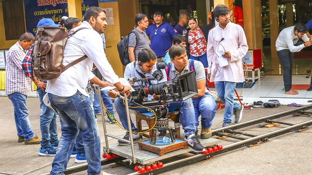 A Bollywood production being filmed in an Indian neighborhood. (Photo: Shutterstock)