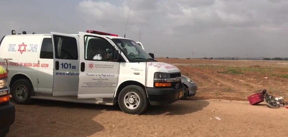 תאונת דרכים במועצה האזורית חוף אשקלון (צילום: תיעוד מבצעי מד