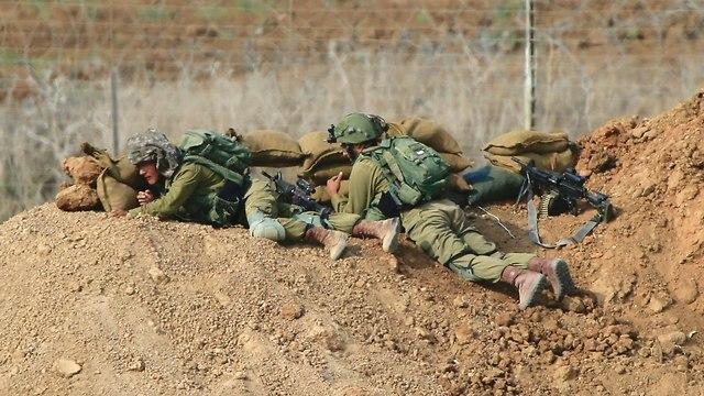 חיילים (צילום: AP)