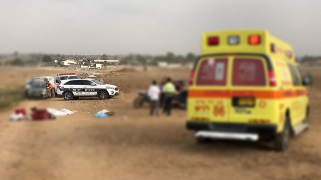 תאונה בחוף אשקלון  (צילום: דוברות המשטרה)
