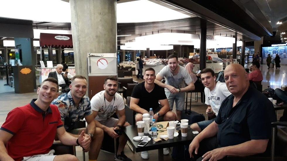 נבחרת ישראל בהתעמלות מכשירים (צילום: איגוד ההתעמלות)