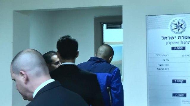 החשוד בפגע וברח במושב ברכיה מסגיר עצמו למשטרה בתחנת אשקלון (צילום: רועי עידן)