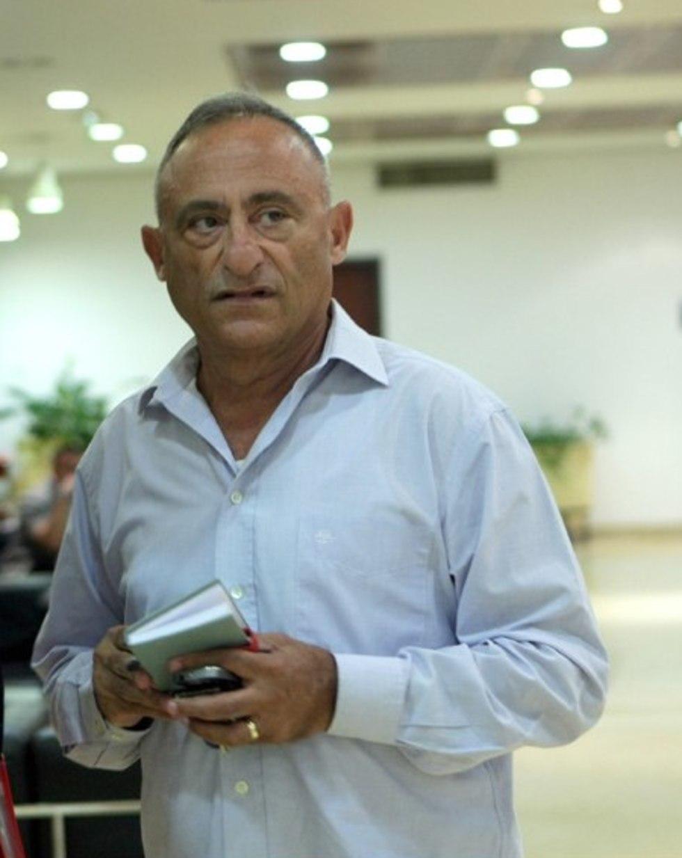 שמעון שיפר (צילום: אלכס קולומויסקי)