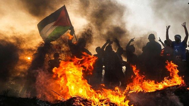 Gaza border fence riots (Photo: AFP)