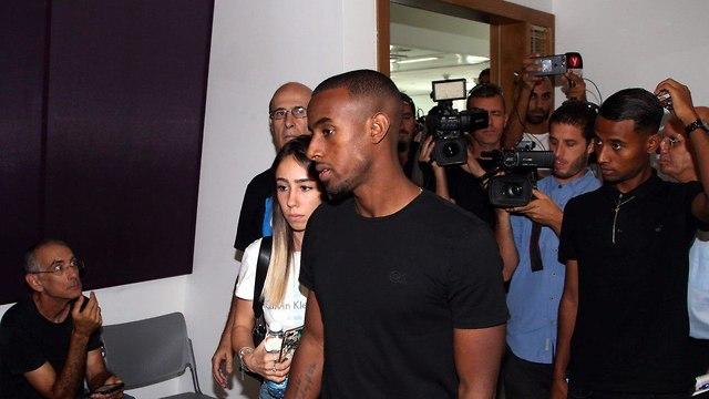 הגשת כתב אישום נגד הכדורגלן יצחק אספה בגין דריסה של ארי נשר ז