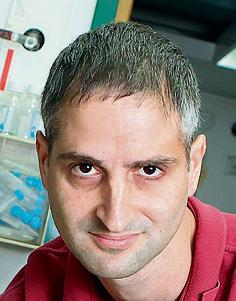 המיקרוביולוג פרופ' אורי גופנא | צילום: אוראל כהן