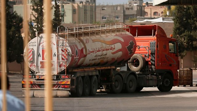 A Qatari fuel truck (Photo: AFP)