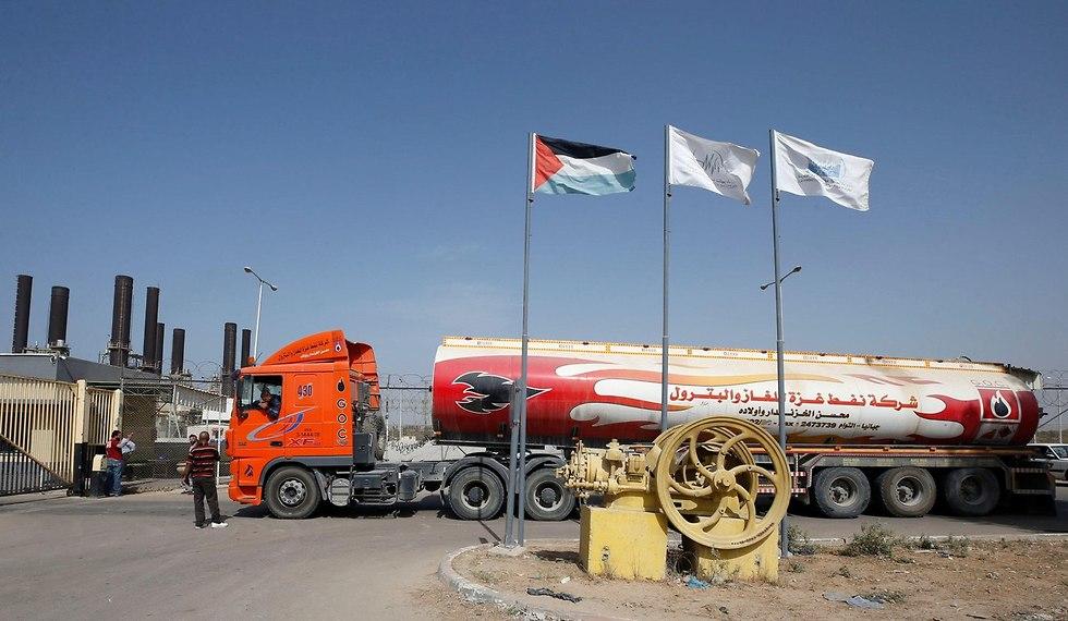 משאית דלק קטארי (צילום: רויטרס)