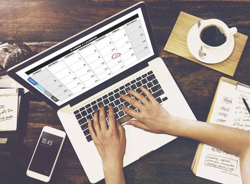 שבצי את המשימה שאת הכי לא אוהבת, בתור הדבר הראשון לעשות בבוקר (צילום: Shutterstock)