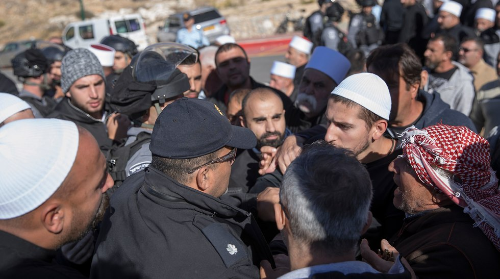 Druze protesters clash with police (Photo: EPA)