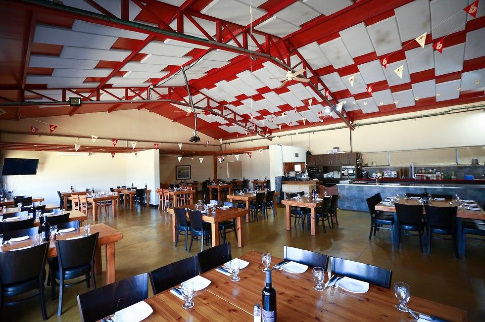 Gillis Steakhouse (Photo: Eitan Dor)