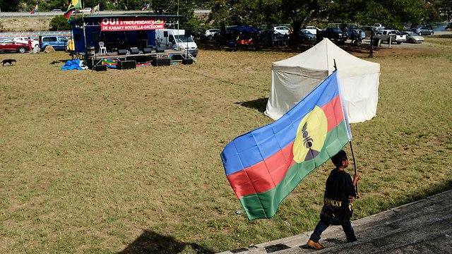 קלדוניה החדשה עיר הבירה נומאה משאל עם על עצמאות (צילום: AFP)