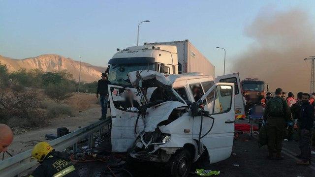 התאונה בבקעת הירדן (צילום: דוברות כבאות והצלה)