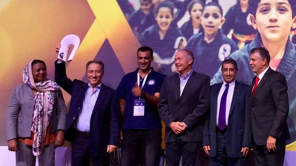 Danny Hakim and Budo for Peace members get award in Greece