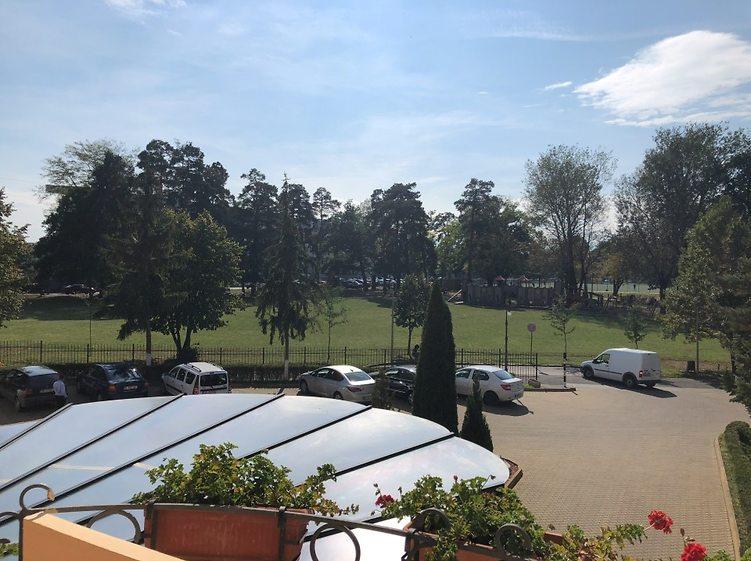 נוף ממרספת החדר במלון בסיביו (צילום: אמיר סולומון)