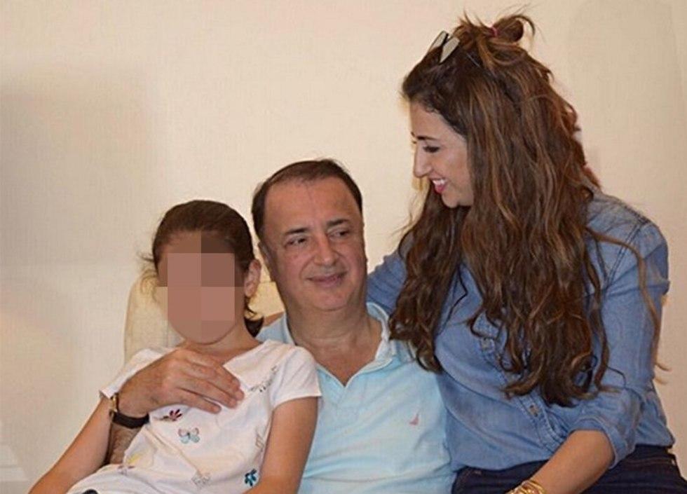 חגית סופייב לבייב, בתו של לב לבייב, עם אביה, לב לבייב, ובתה ()