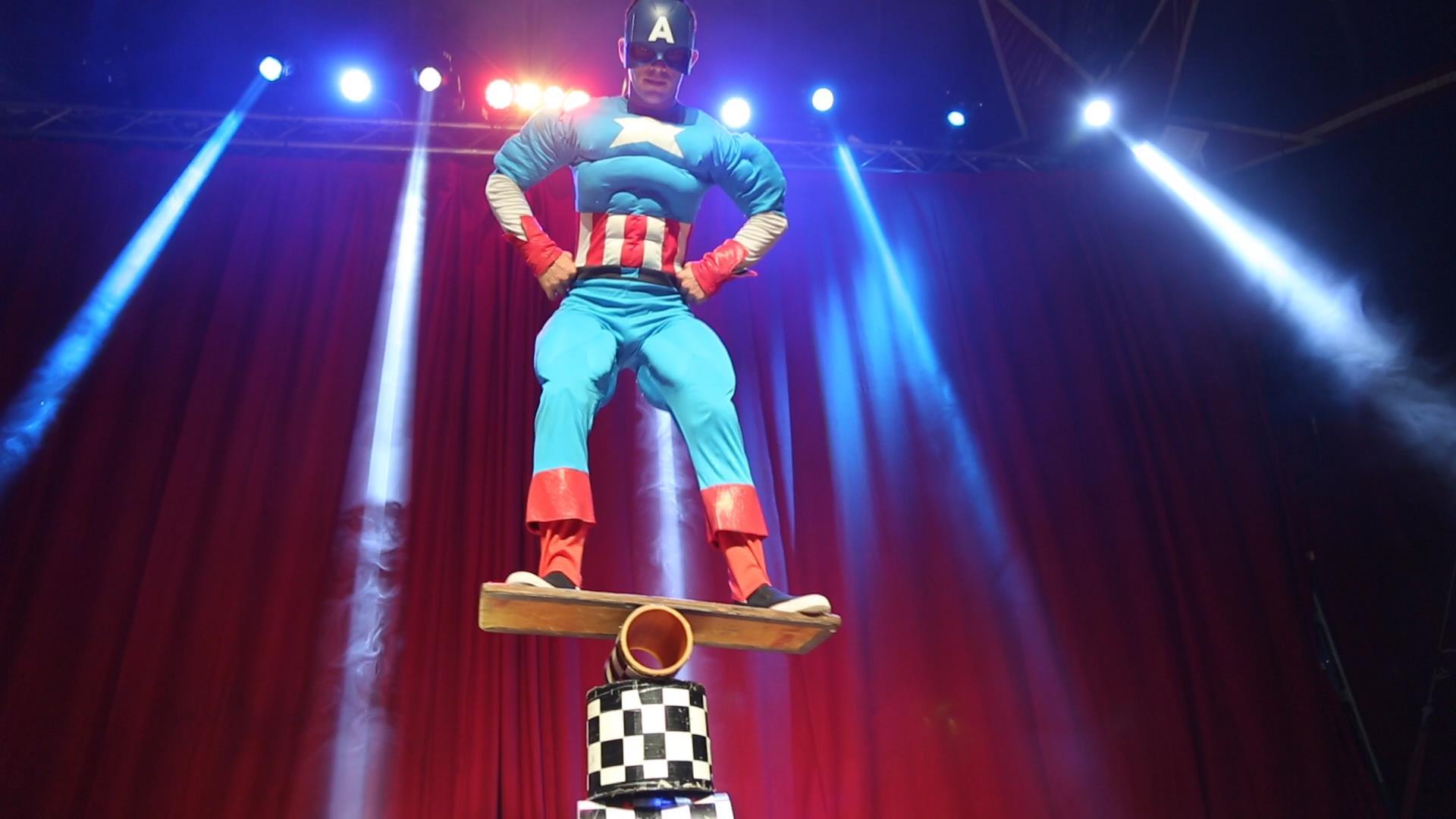 קרקס גיבורי על 2 (צילום: דודי מוסקוביץ)