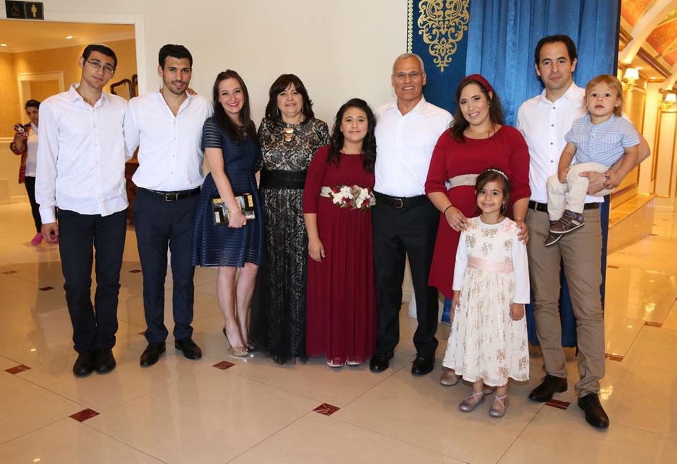 שהרבני-יוסף  עם בעלה ראובן והילדים (צילום: זאב מנצור)