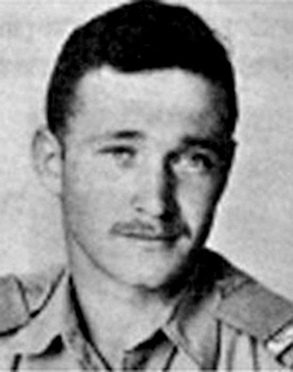 """Résultat de recherche d'images pour """"Le corps du pilote de chasse israélien Yakir Mordechai Naveh retrouvé 56 ans plus tard"""""""