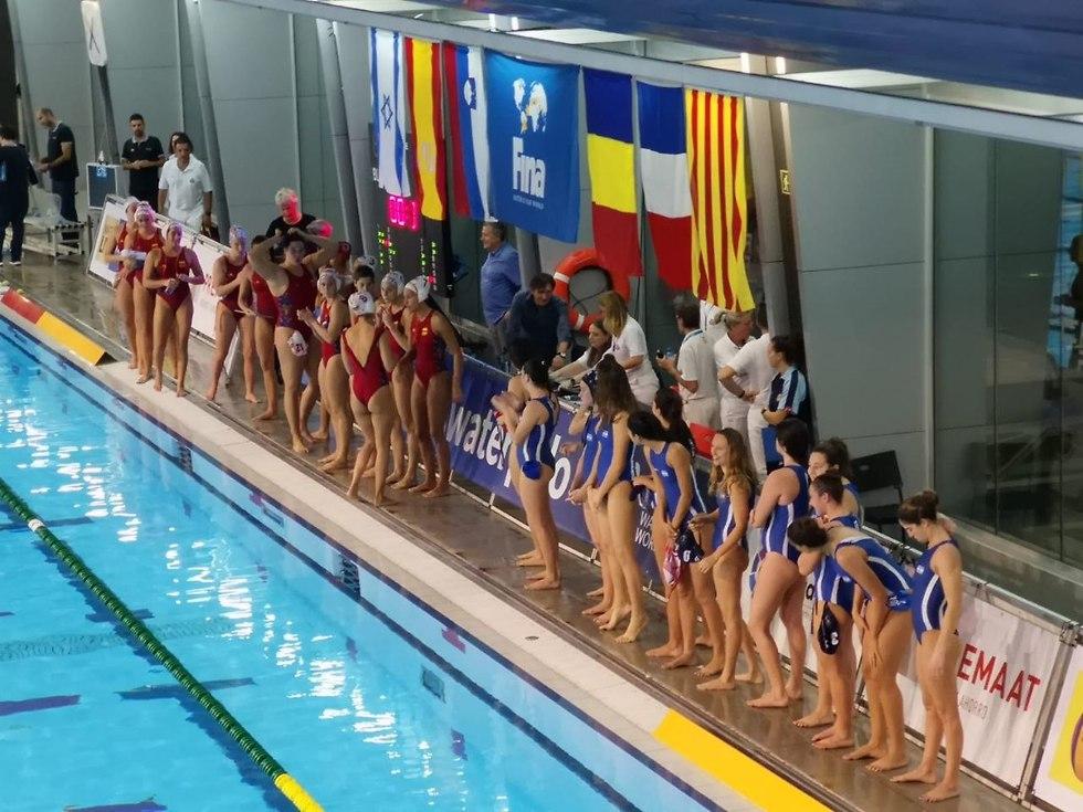 שחקניות הנבחרת (צילום: פרנסיסקו רודריגס)