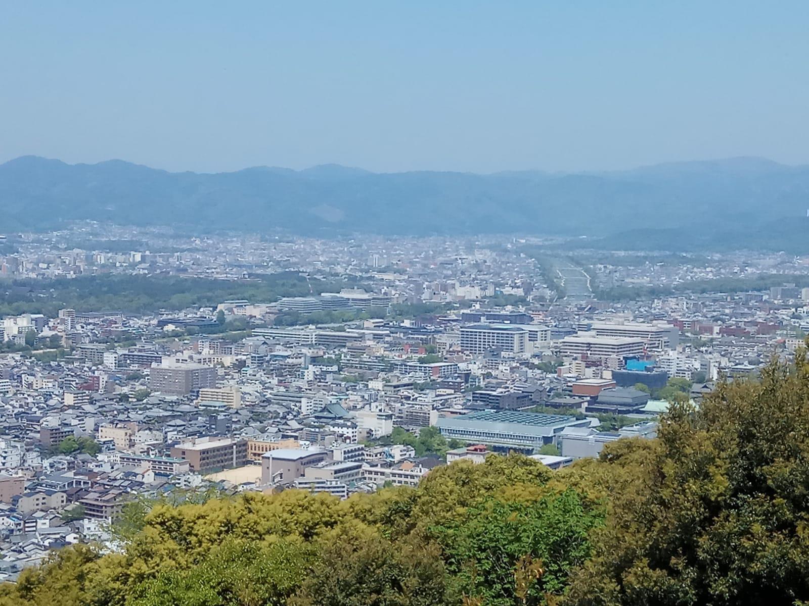התצפית היפה מהר Shogunzuka (צילום: סבינה חושן)