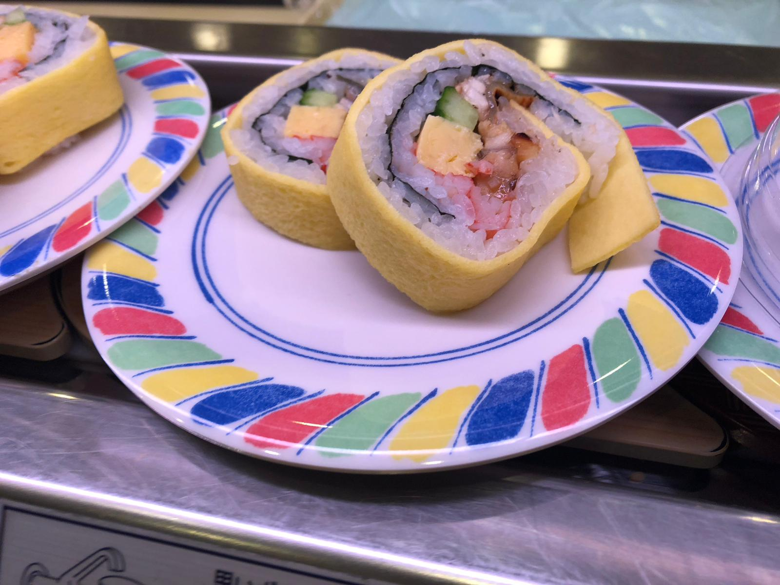 סושי במסעדת סושינו (צילום: סבינה חושן)
