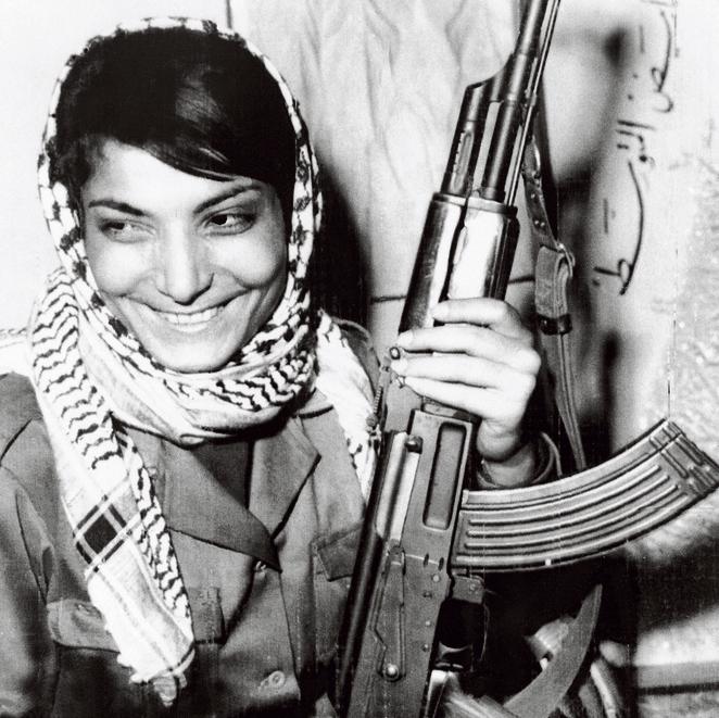 ליילה ח'אלד.  הטרוריסטית המפורסמת מגייסת היום כספים  למען ארגוני BDS