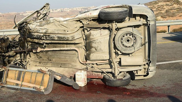 תאונה תאונת דרכים דרום הר חברון (צילום: רן דהן תצפית)